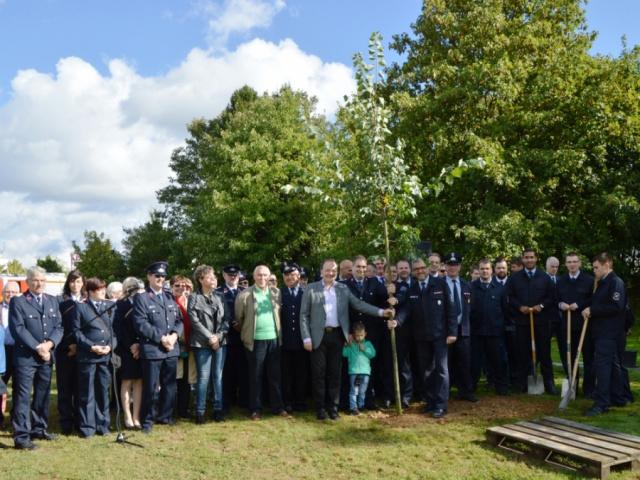 Pflanzung der Linde - Baum der Freundschaft- 2.10.2016