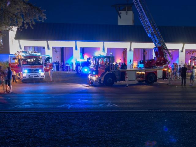 Feuerwehr bei Nacht Kaufungen - 4.8.2018